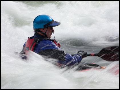 Gayne_W._kayaker_Marble_waveMiddle_fork_salmon_river_Idaho