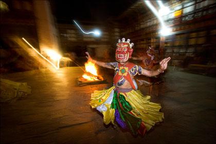 monk_traditional_masked_dance_night_performance_Bhutan.