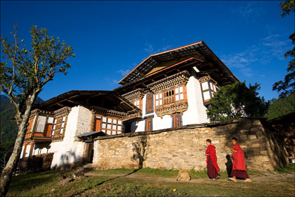Monks_winter_palace_first_king.