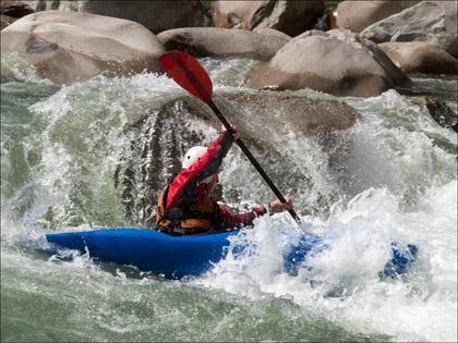 Matt_Terry_kayaker_Rio_Piatua_Ecuador