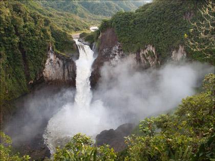 Cascada_San_Rafael_tallest_waterfall_Rio_Quijos_Ecuador_hydro_project.