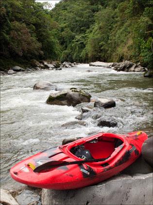 Kayak_Rio_Cosanga_scenic