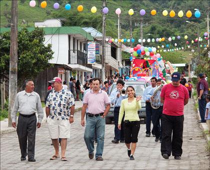 parade_Borja_Ecudor_carnival