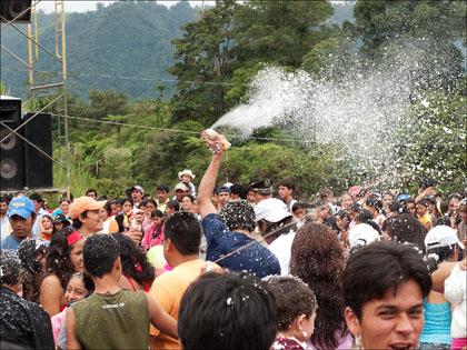 carnival_celebrations_Borja_Ecuador