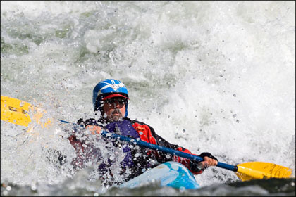 Kayaker_surfing_Marble_Middle_Fork_Salmon_Idaho