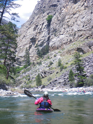 Kayaker_Impassable_Canyon_Middle_Fork_Salmon_Idaho