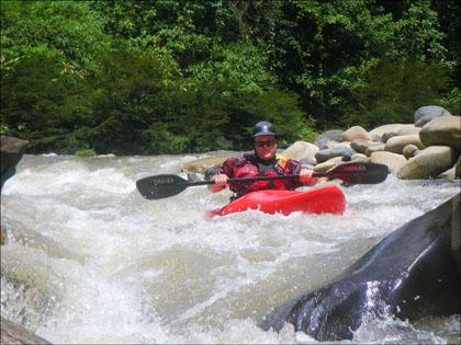 Kayaker, Rio Jondachi, Ecuador.