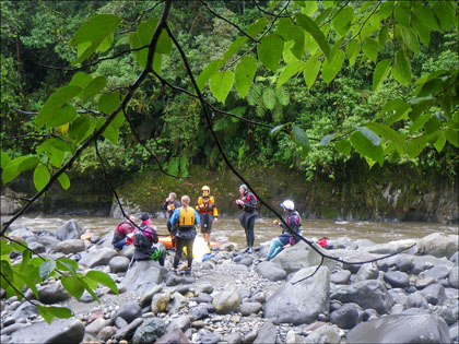 Kayakers taking a break, Ecuador