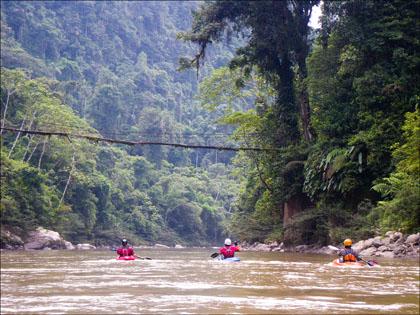 Kayakers, Rio Hollin, Ecuador.