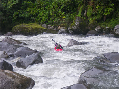 Mary DeRiemer_Cosanga_Ecuador_kayaking