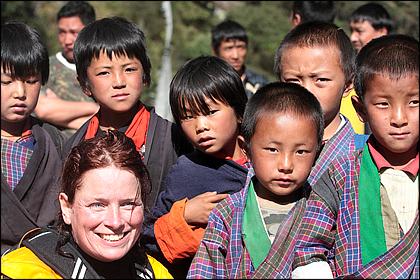 Kayaker_kids_Bhutan
