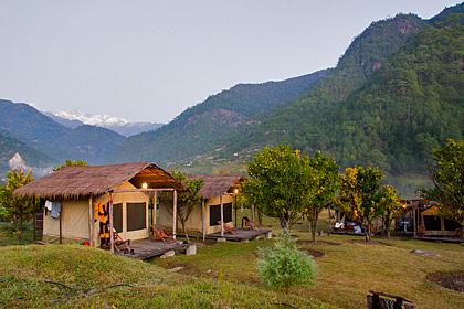 Luxury camp Mo Chu Bhutan