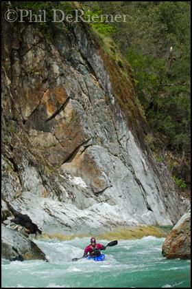 Kayaker_Cliff_American River