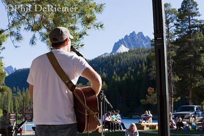 Music_Sawtooth_mountains_Idahp