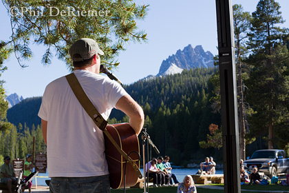 Music_Sawtooth_mountains_Idahp