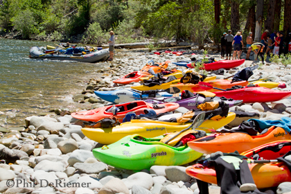 kayaks_rafts_lunch