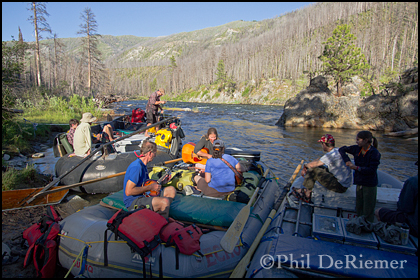 Rafts_river_camp_music