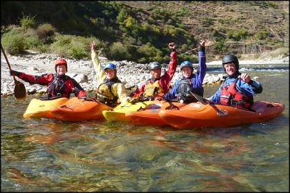 kayakers, paro Chu, Pa Chu, Bhutan, Happy