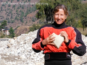 Terry tries a heart rock on for size.