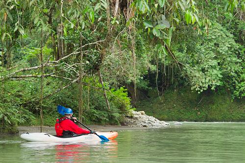 kayaker_Tutanangosa_Ecuador_Jungle