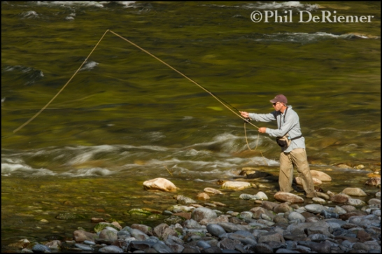 Fly_fishing_selway_river