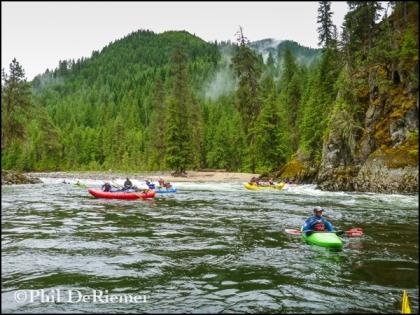 Rafts_Kayaks_Clouds_Selway_Idaho