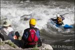 kayaker_back surf_wave