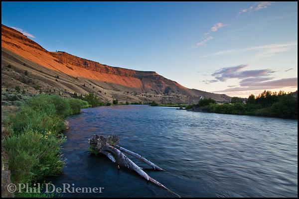 Deschutes_River_Oregon_sunset