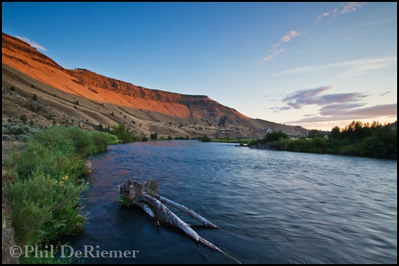 Deschutes_River_Oregon_sunset