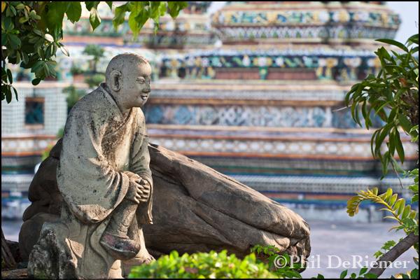 Buddha_statue_relaxing