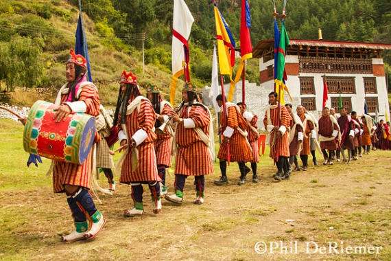 Parade_procession_Monks_Paro
