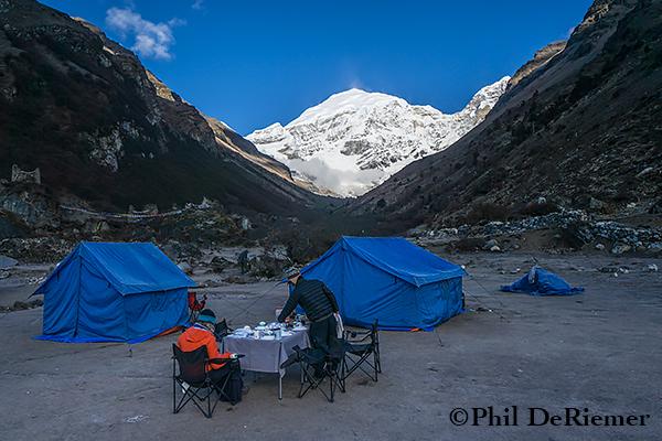 Jhomolhari_basecamp_Tent